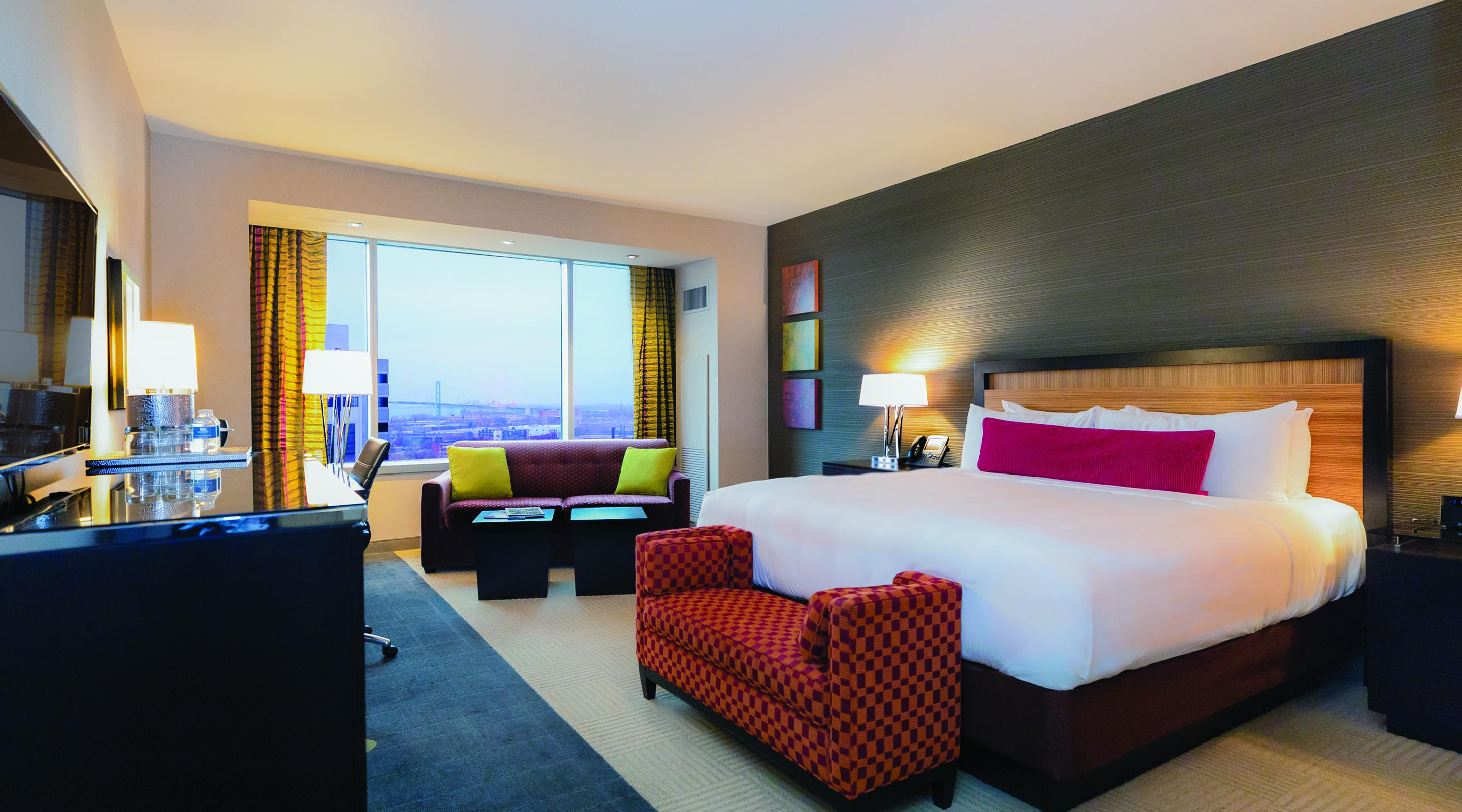 Luxury King MGM Grand Detroit - Grand king bed